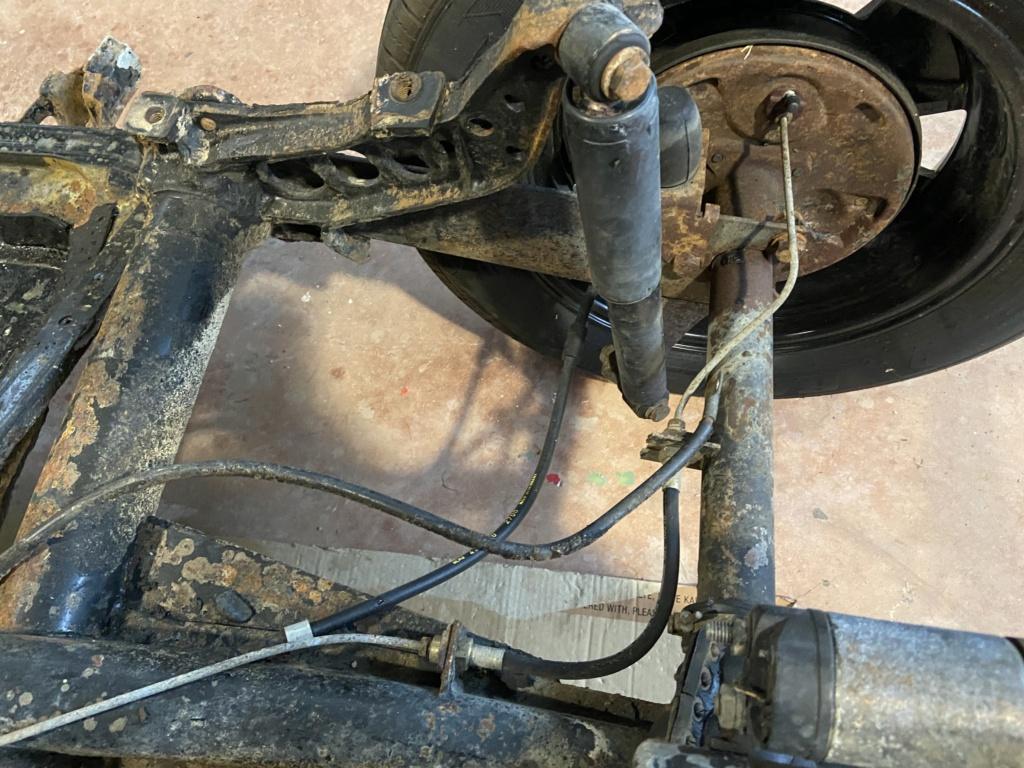 Ajustar barras de torsión eje trasero 3qaace11