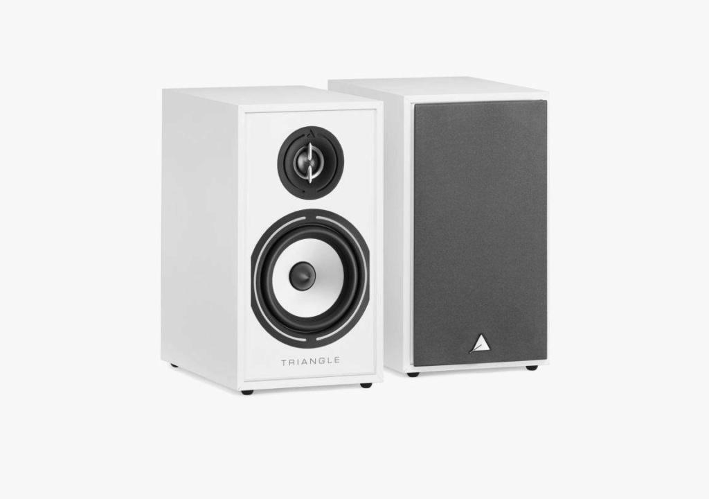 Triangle BR-02 Bookshelf Speaker (Pair) + Free Gift Borea-14