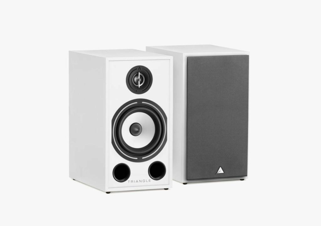 Triangle BR-03 Bookshelf Speaker (Pair) + Free Gift Borea-22