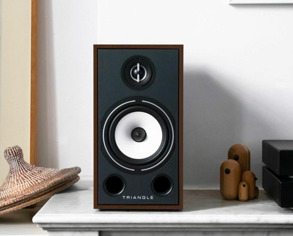 Triangle BR-03 Bookshelf Speaker (Pair) + Free Gift Lifest12