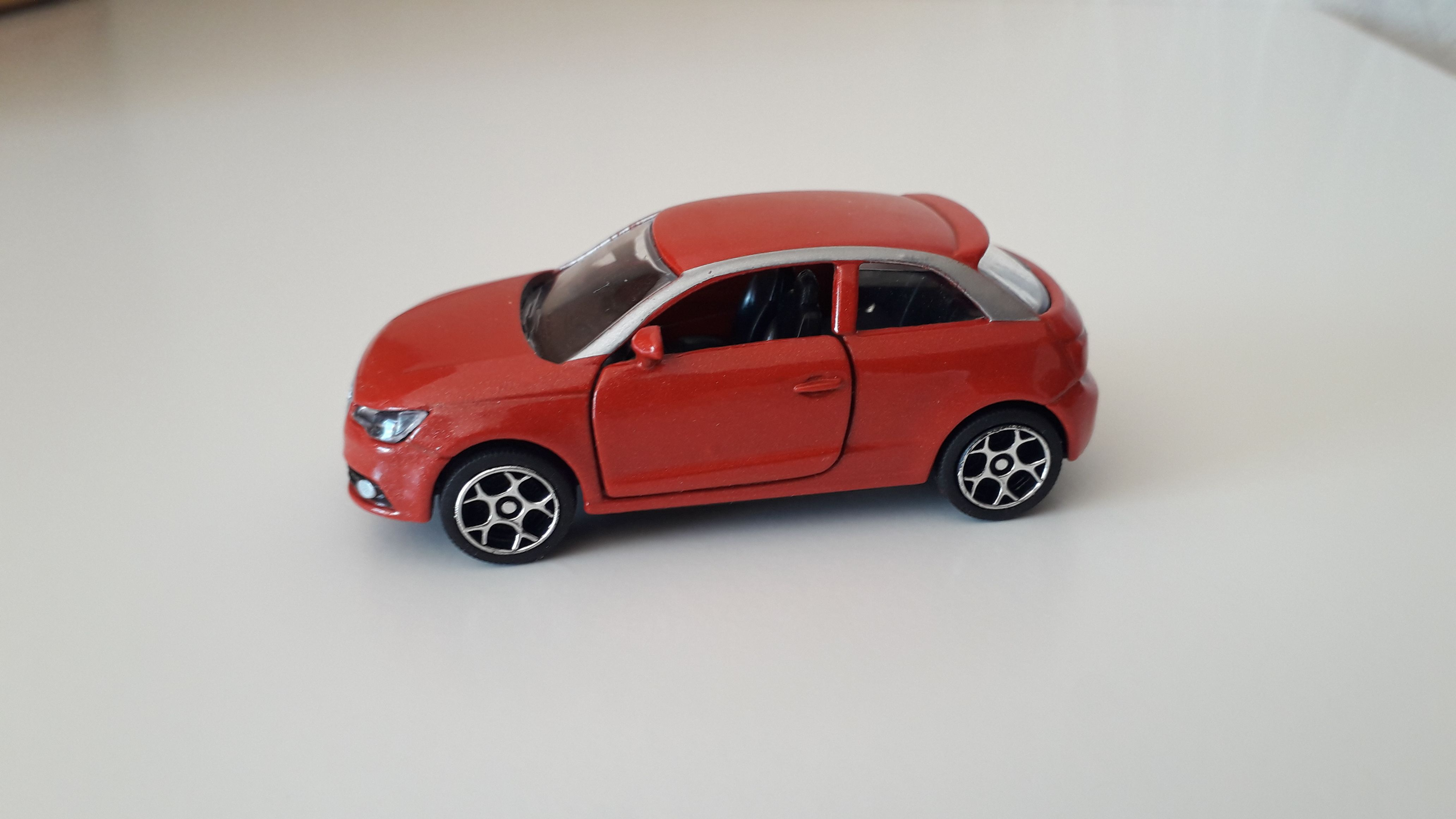 ma petite collection de majorette - Page 10 Audi_a11