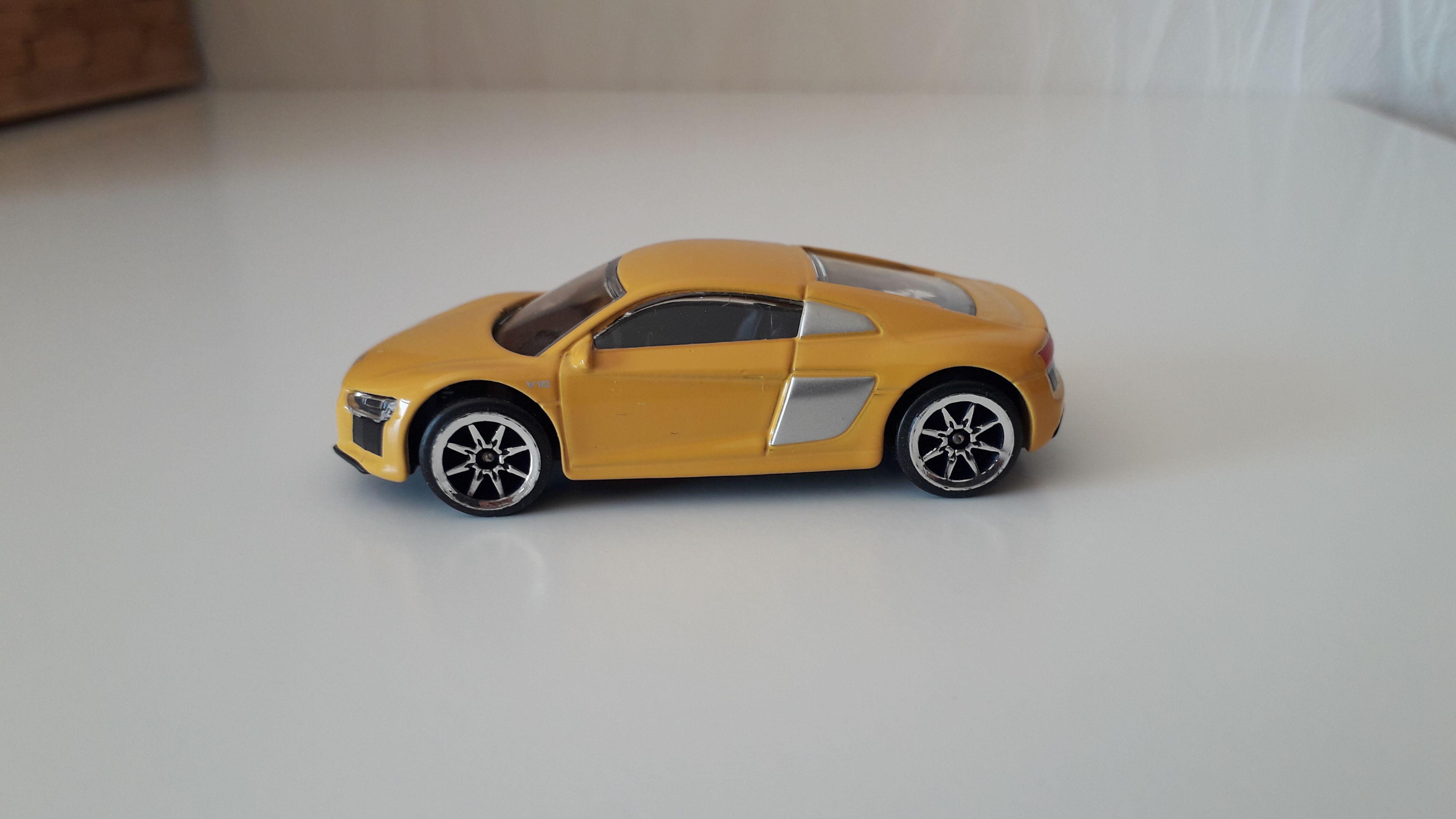 ma petite collection de majorette - Page 10 Audi_r11