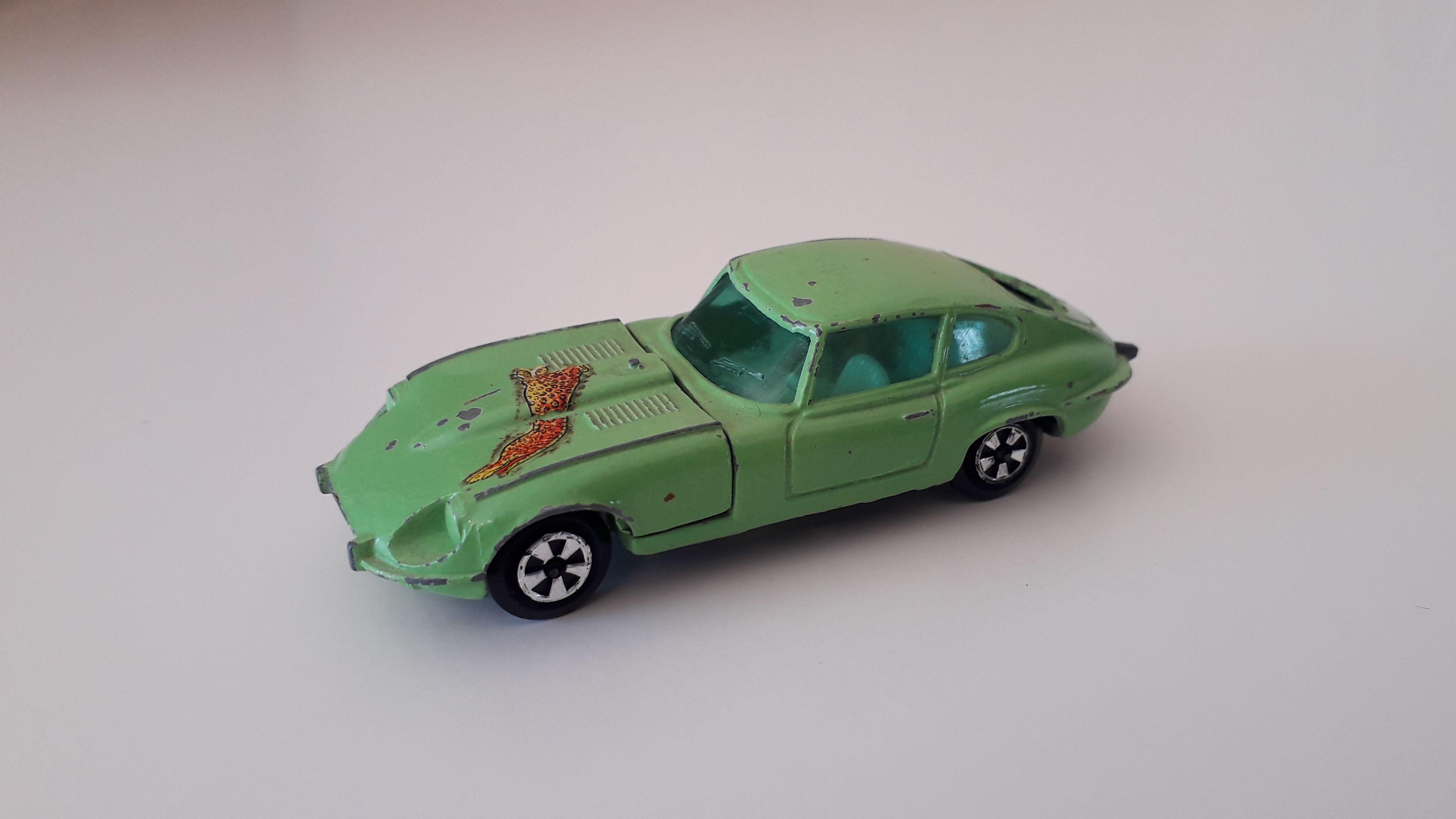 ma petite collection de majorette - Page 10 Datsun11