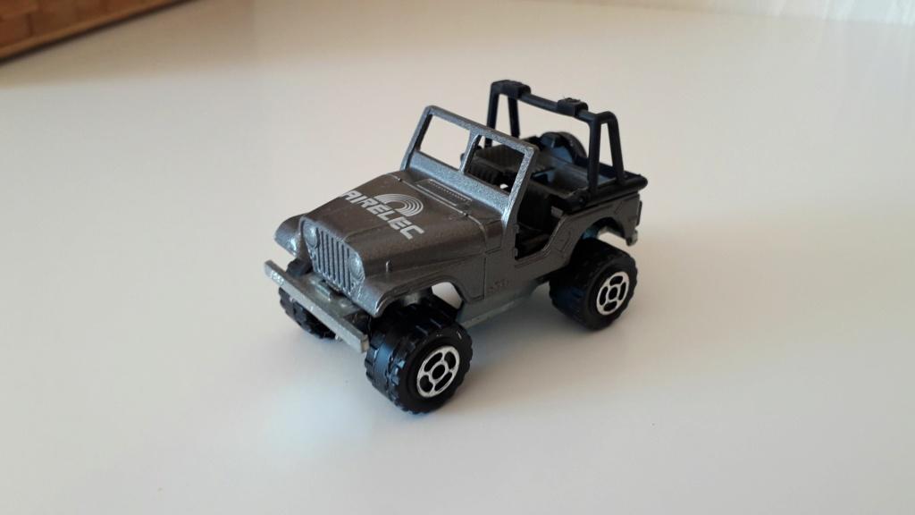ma petite collection de majorette - Page 3 Jeep_c11