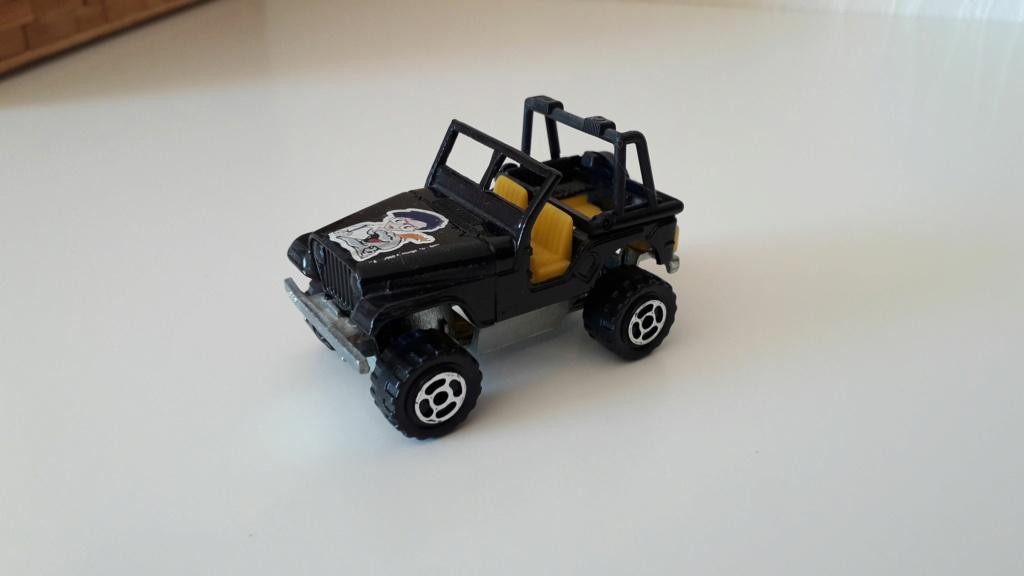 ma petite collection de majorette - Page 3 Jeep_c22