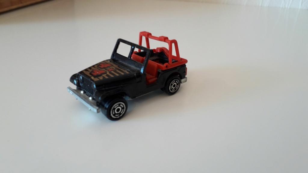 ma petite collection de majorette - Page 5 Jeep_c25