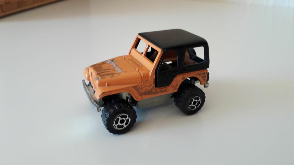 ma petite collection de majorette - Page 5 Jeep_c28