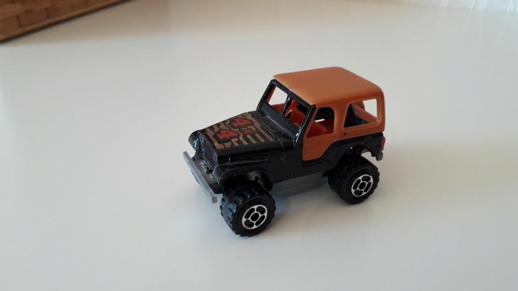 ma petite collection de majorette - Page 5 Jeep_c30
