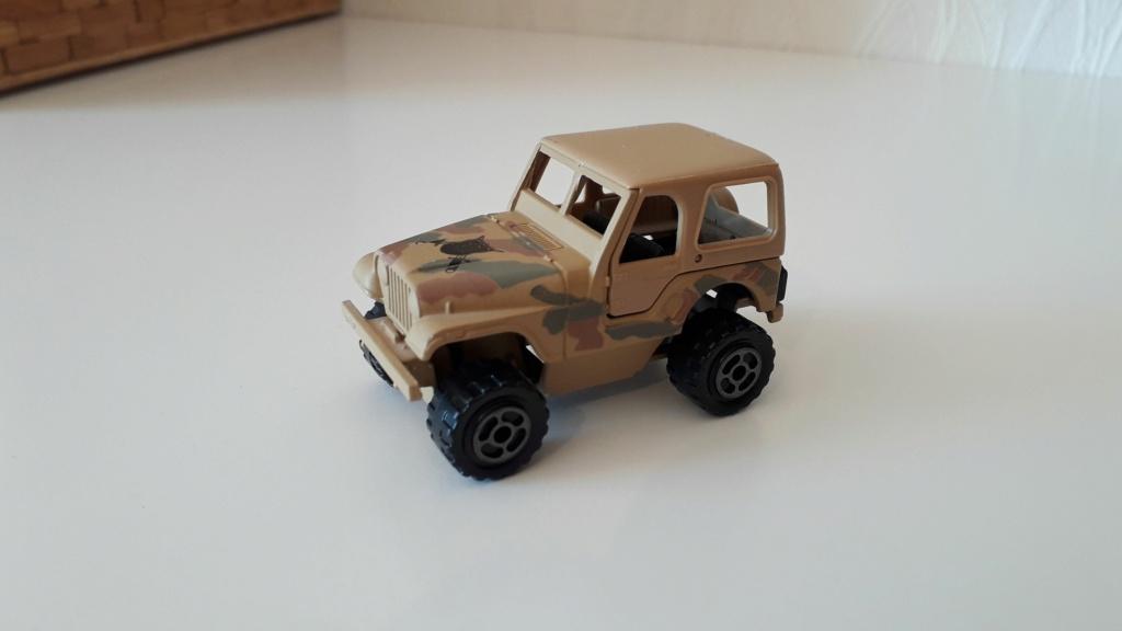 ma petite collection de majorette - Page 5 Jeep_c32