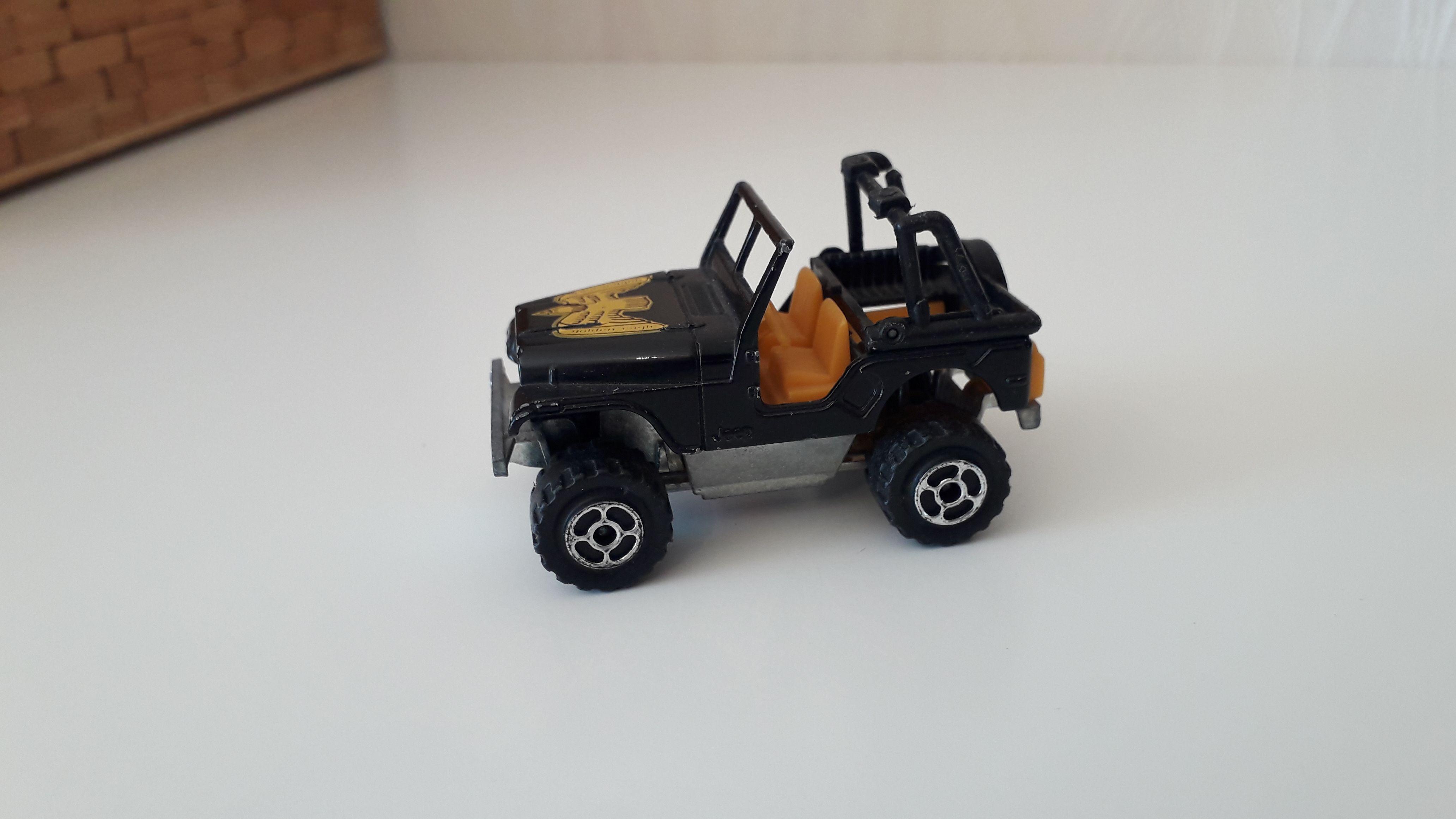 ma petite collection de majorette - Page 10 Jeep_c55