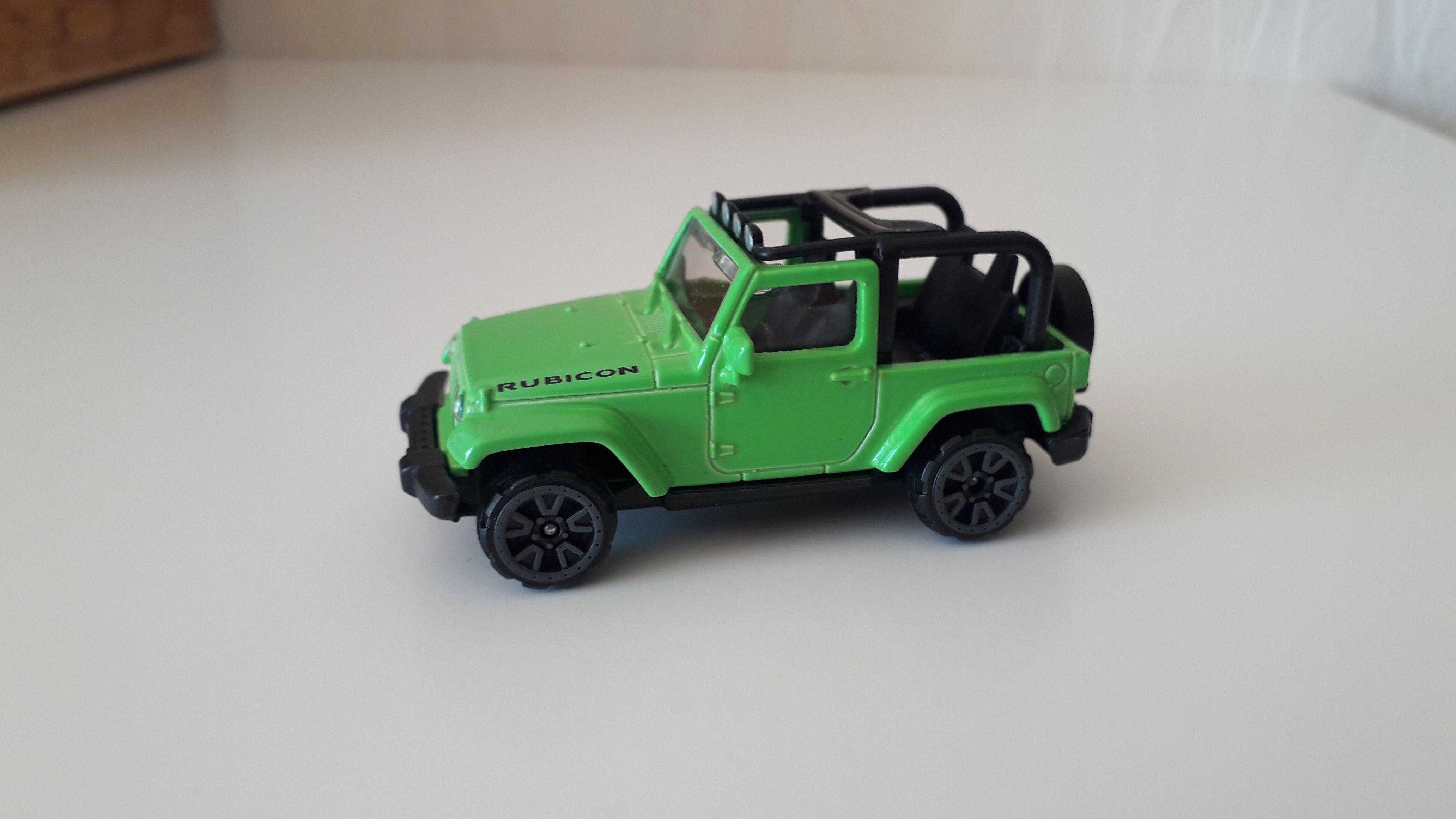 ma petite collection de majorette - Page 10 Jeep_w11