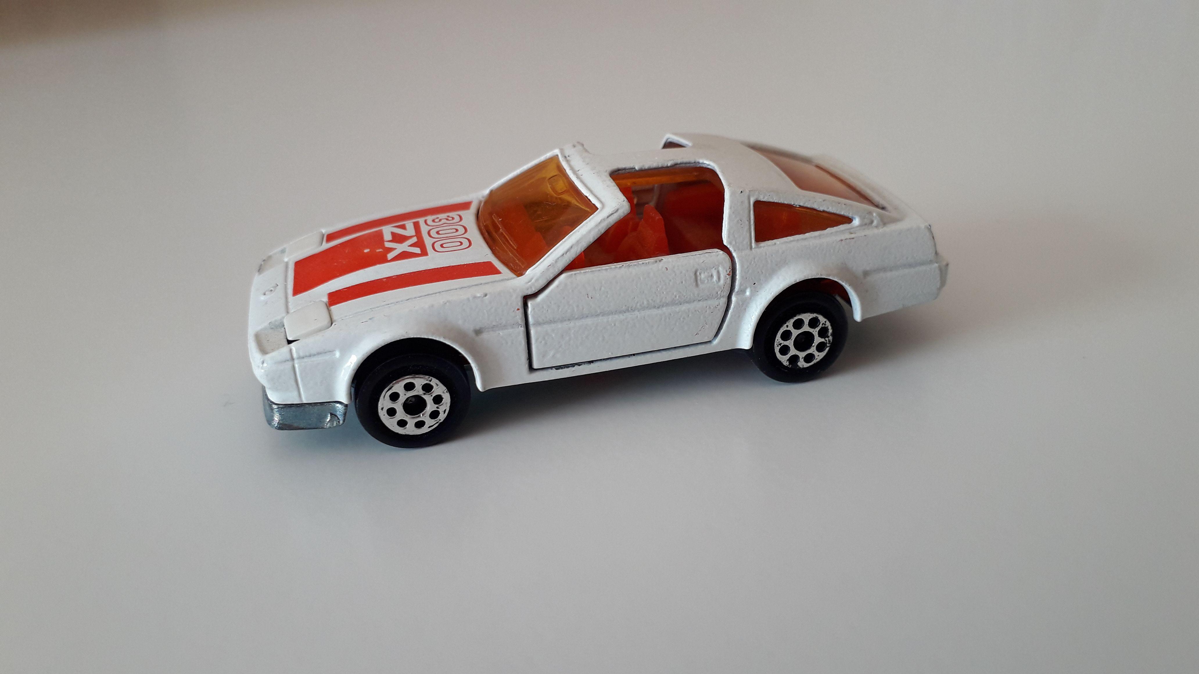 ma petite collection de majorette - Page 12 Nissan12