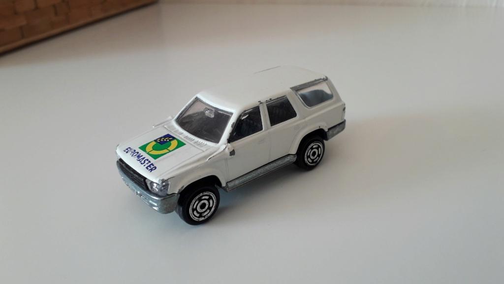 ma petite collection de majorette - Page 2 Toyota12
