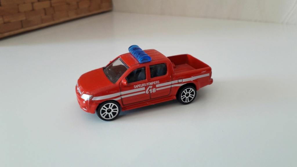 ma petite collection de majorette - Page 3 Toyota25