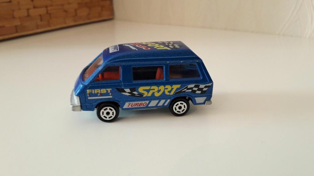 ma petite collection de majorette - Page 3 Toyota30