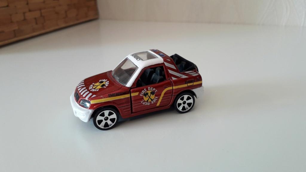 ma petite collection de majorette - Page 3 Toyota36