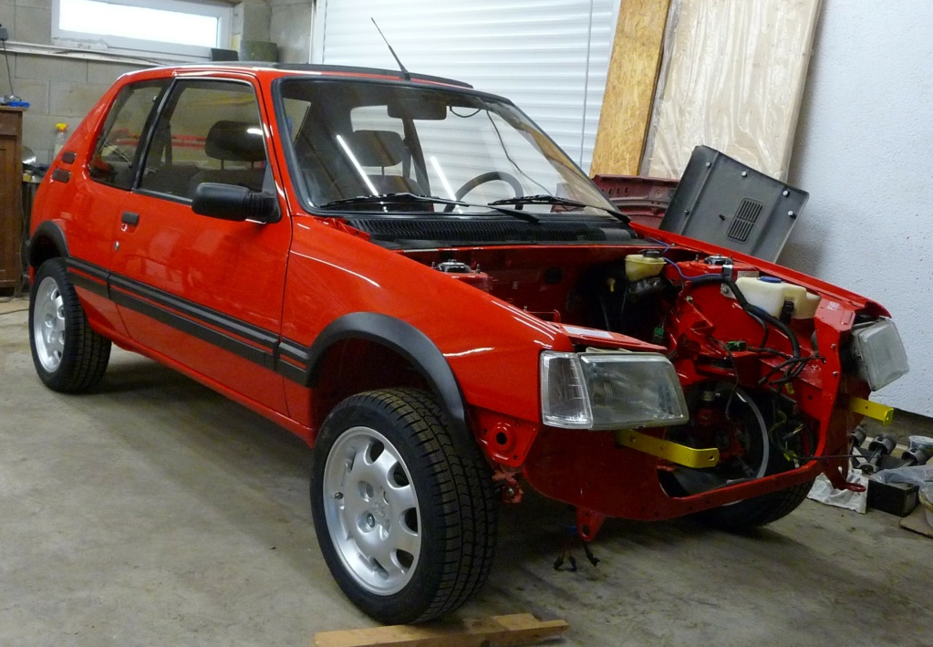 [HarikenRed]  205 GTI 1L9 - Rouge - 1992 (Restauration 100%) - Page 6 P1020710