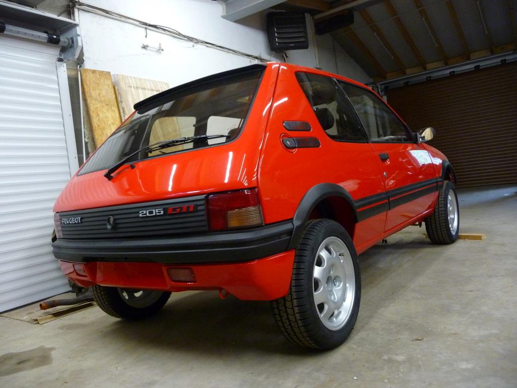 [HarikenRed]  205 GTI 1L9 - Rouge - 1992 (Restauration 100%) - Page 6 P1020711