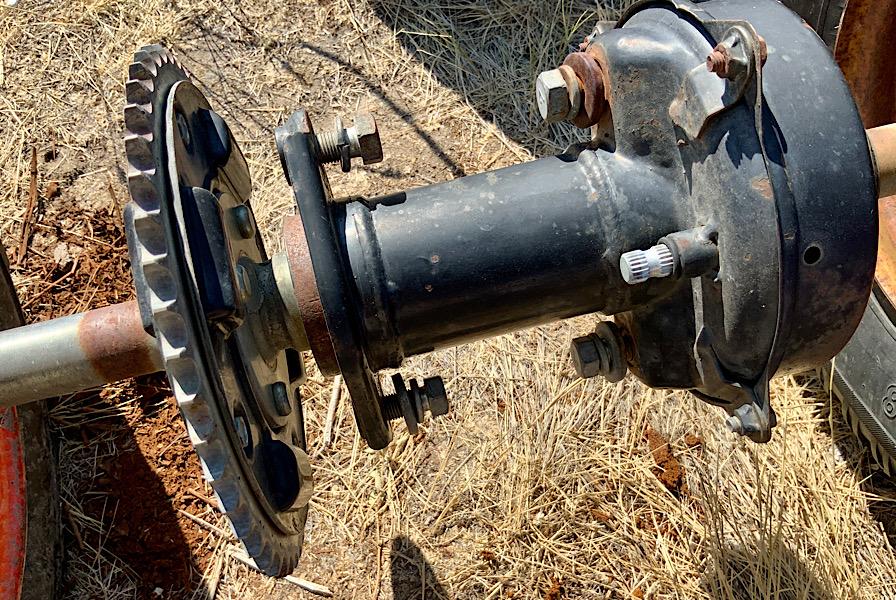Mystery axle, help identifying it needed please. 02172610