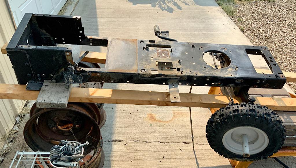 A Rat Rod Wheelbarrow Bucket T Tractor/Kart for my Grandson 1ab17410