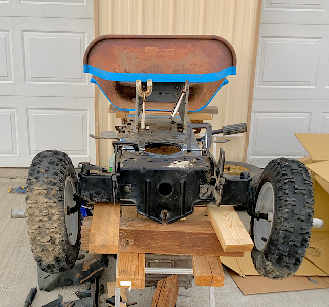 A Rat Rod Wheelbarrow Bucket T Tractor/Kart for my Grandson - Page 2 3044be10