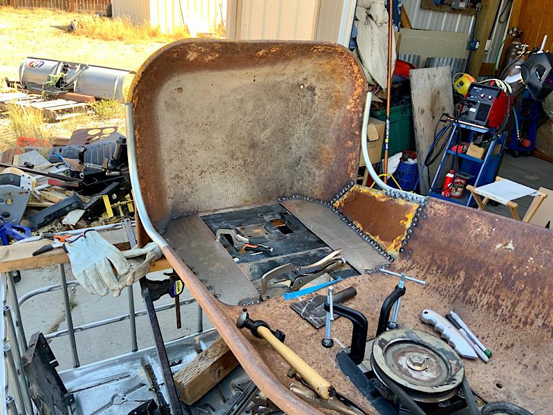 A Rat Rod Wheelbarrow Bucket T Tractor/Kart for my Grandson - Page 4 4509e010