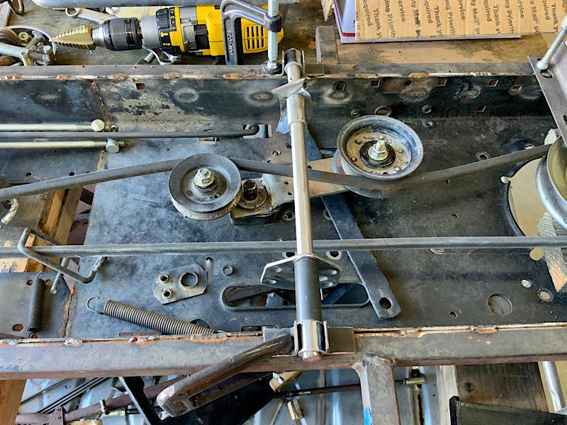 A Rat Rod Wheelbarrow Bucket T Tractor/Kart for my Grandson - Page 5 5c180f10