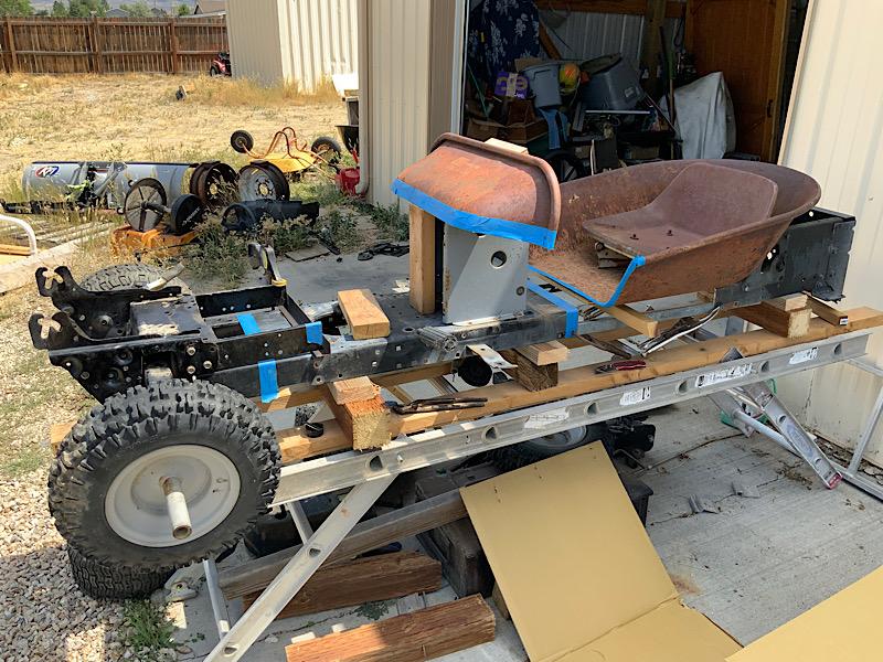 A Rat Rod Wheelbarrow Bucket T Tractor/Kart for my Grandson - Page 2 5efb1610