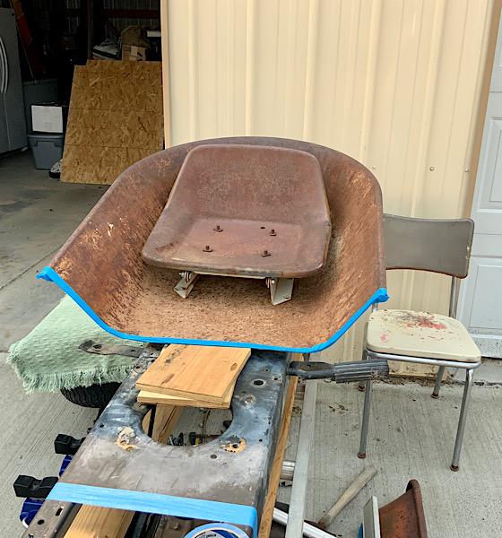 A Rat Rod Wheelbarrow Bucket T Tractor/Kart for my Grandson - Page 2 7048ee10