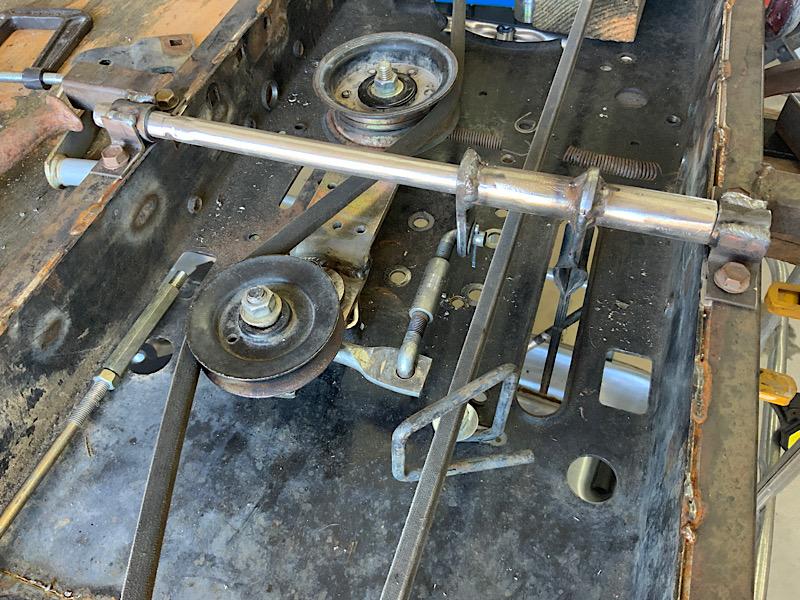 A Rat Rod Wheelbarrow Bucket T Tractor/Kart for my Grandson - Page 5 82fae710
