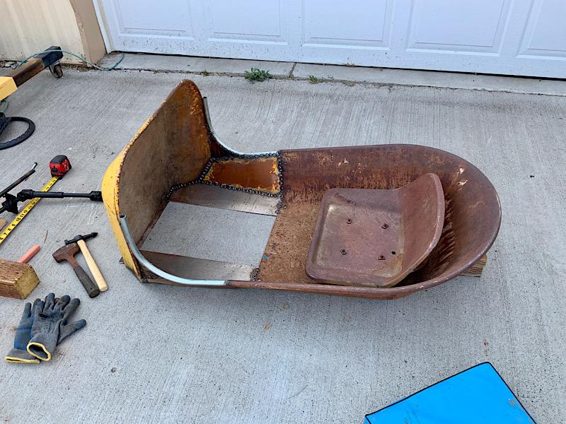 A Rat Rod Wheelbarrow Bucket T Tractor/Kart for my Grandson - Page 4 B831a510