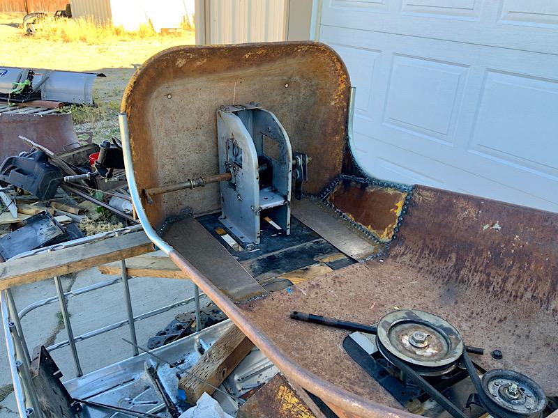 A Rat Rod Wheelbarrow Bucket T Tractor/Kart for my Grandson - Page 4 C54e9910