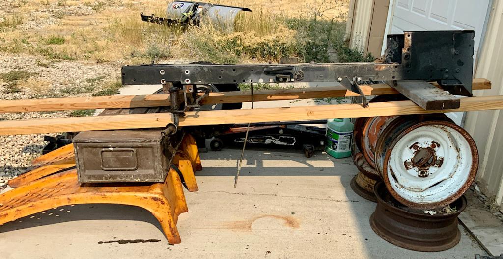 A Rat Rod Wheelbarrow Bucket T Tractor/Kart for my Grandson D30e0010