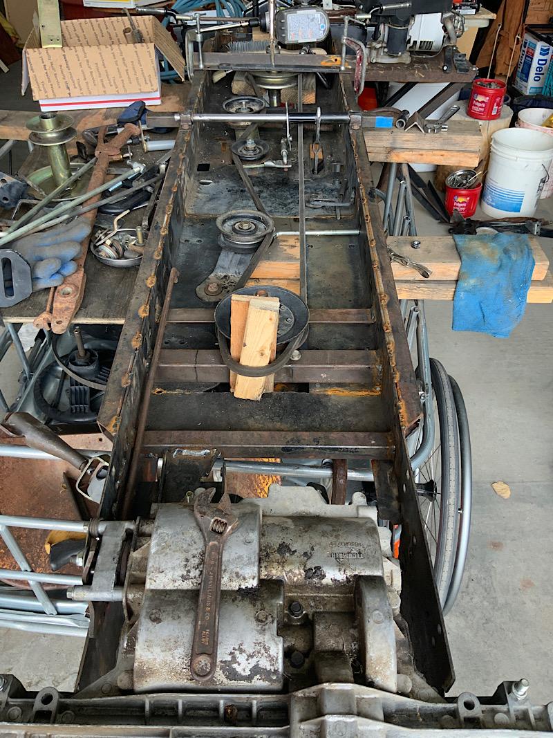 A Rat Rod Wheelbarrow Bucket T Tractor/Kart for my Grandson - Page 5 Ebc0b210