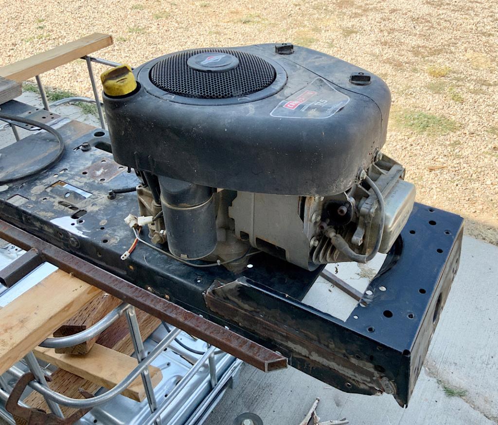A Rat Rod Wheelbarrow Bucket T Tractor/Kart for my Grandson - Page 3 F19c2310
