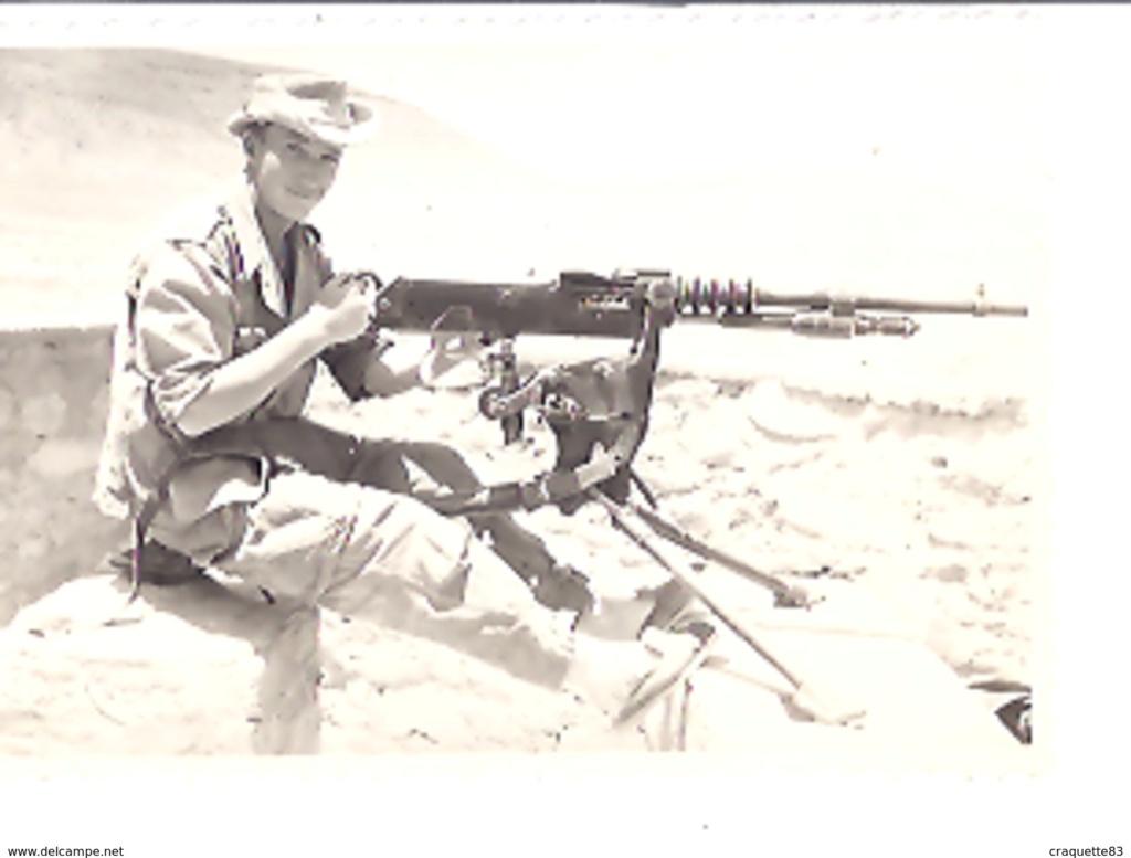 les dernieres mitrailleuse Hotchkiss en service opérationel Jean-c10
