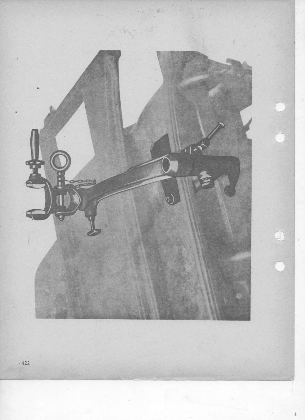 Armement de bord de la VLR DELAHAYE (affut) Mat_1011
