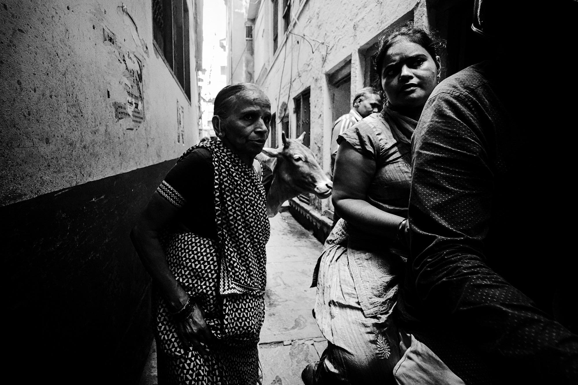 Balade dans les ruelles de Varanasi 004_p110