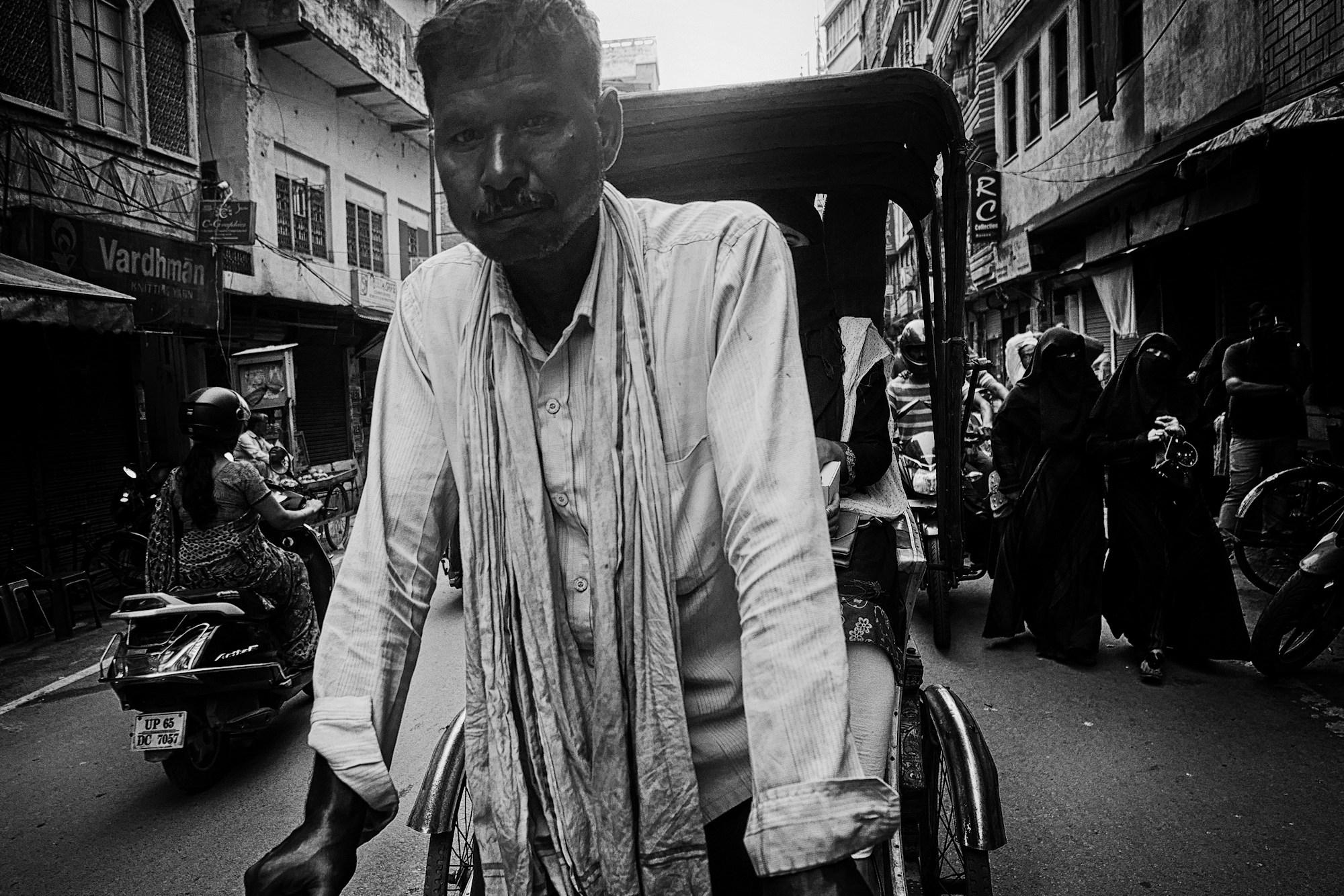 Balade dans les ruelles de Varanasi 009_p110