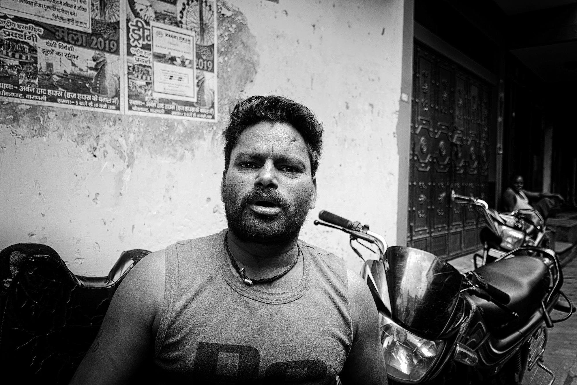 Balade dans les ruelles de Varanasi 016_p110