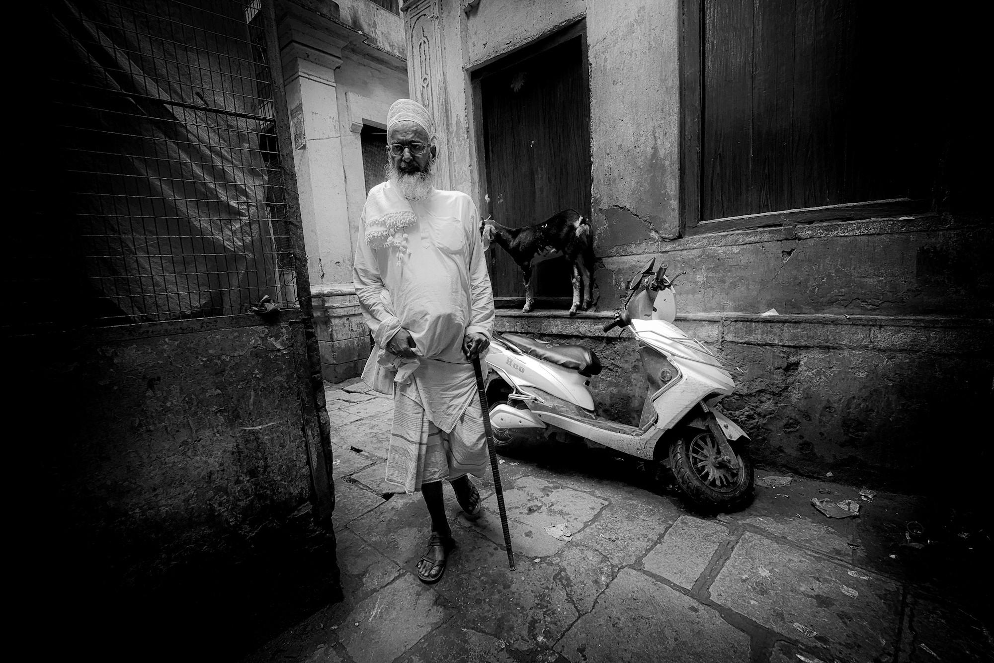 Balade dans les ruelles de Varanasi 023_p110