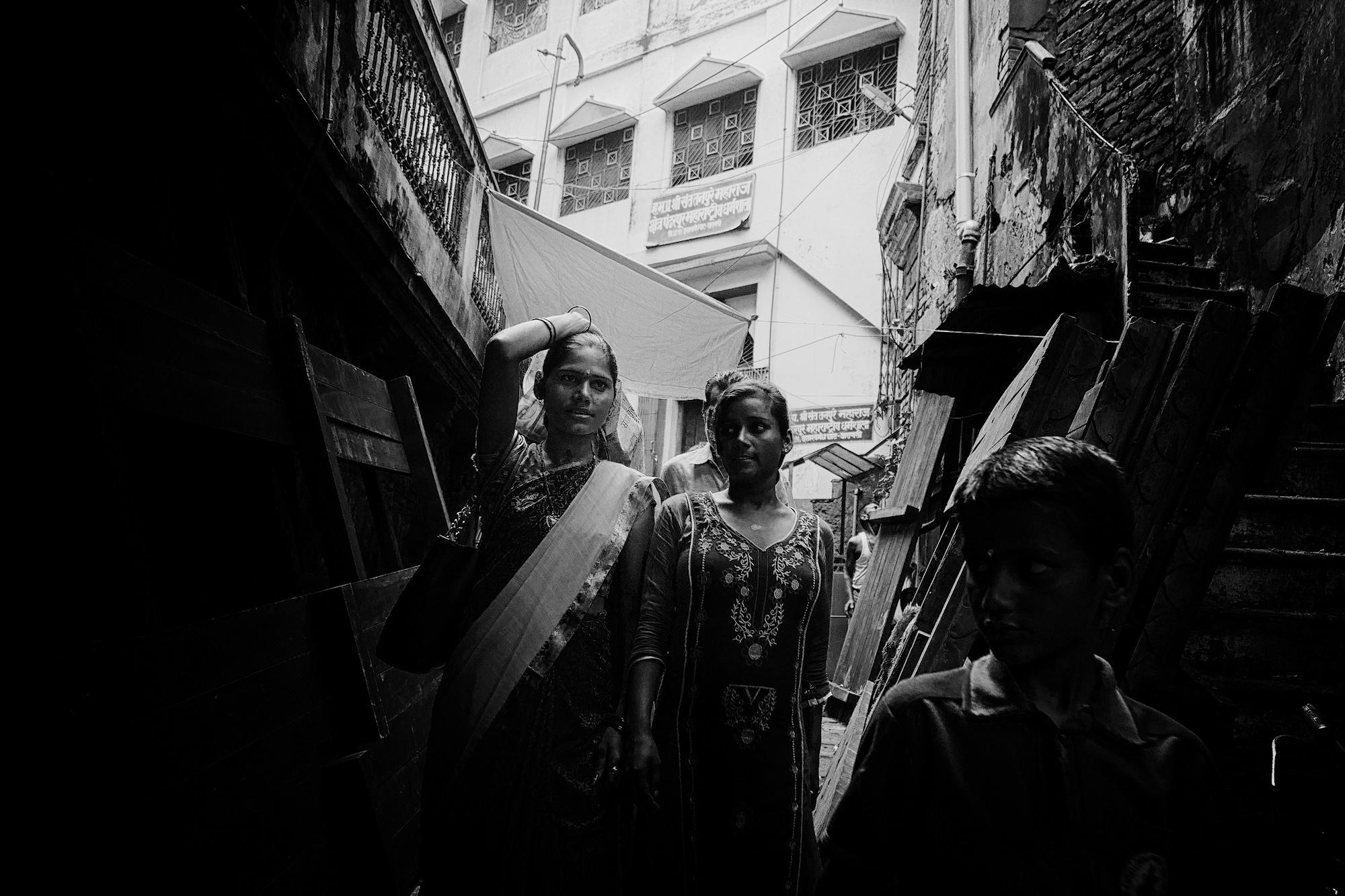 Balade dans les ruelles de Varanasi 024_p110