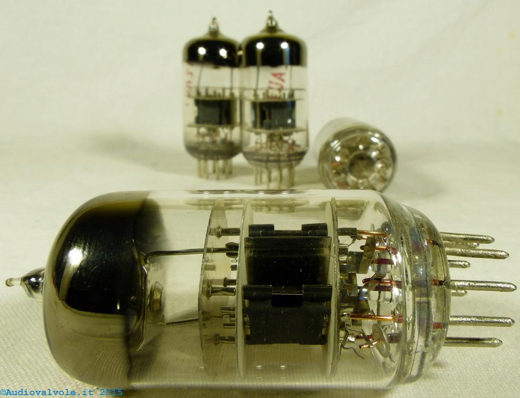Kit N.E. LX 1309, amplificatore a valvole - Pagina 2 12au7_11