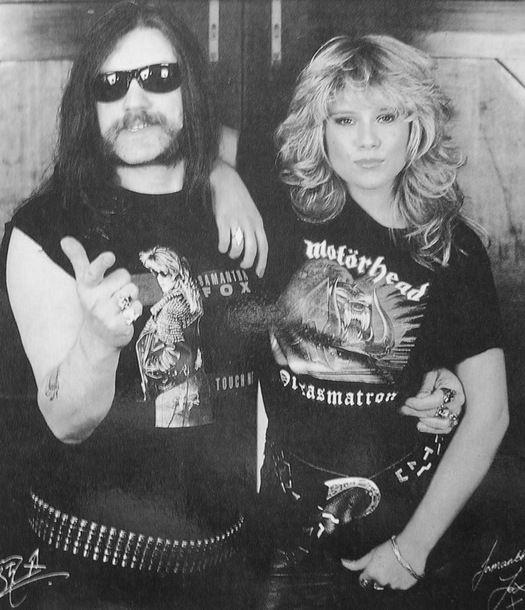 MOTÖRHEAD - Page 18 Lemmy-10