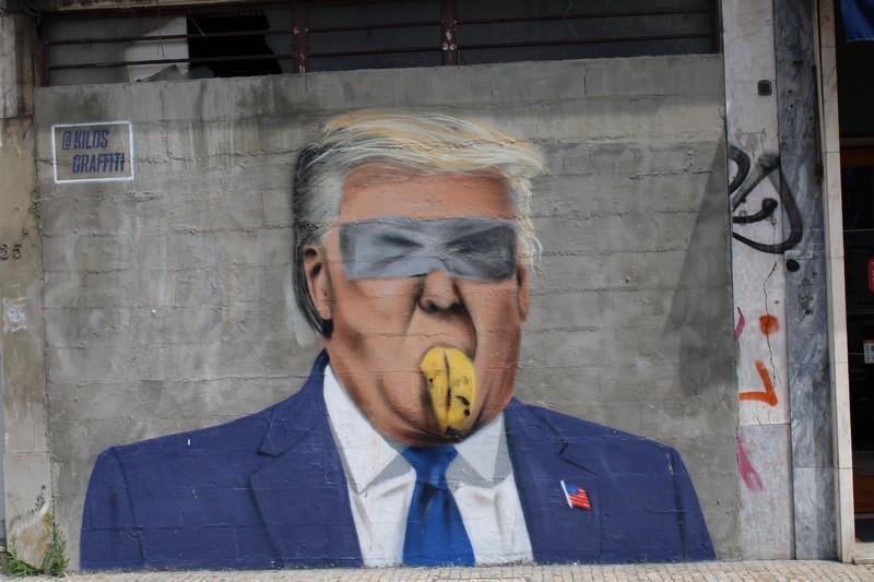 La photo du jour - Page 31 Trump10
