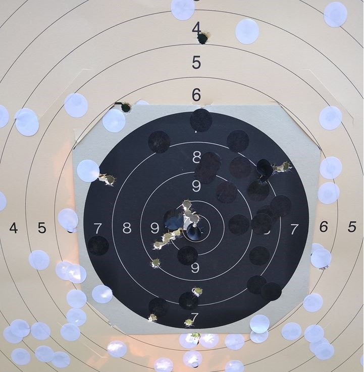 Présentation pistolet Stechkin APS 9x18  10308211