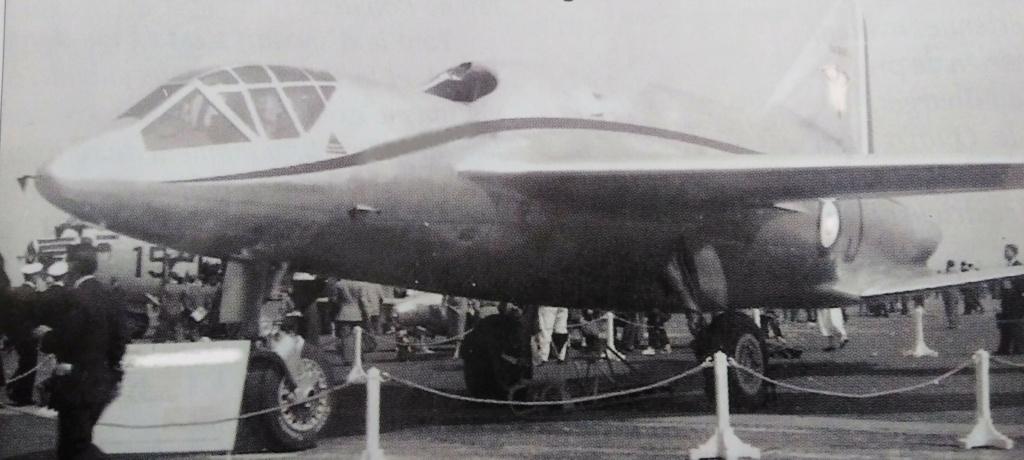 [ Aéronavale divers ] Quel est cet aéronef ? - Page 34 Avion_25