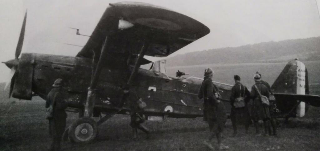 [ Aéronavale divers ] Quel est cet aéronef ? - Page 35 Avion_34
