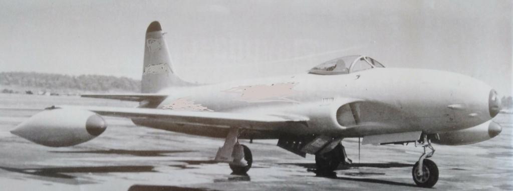 [ Aéronavale divers ] Quel est cet aéronef ? - Page 39 Avion_71