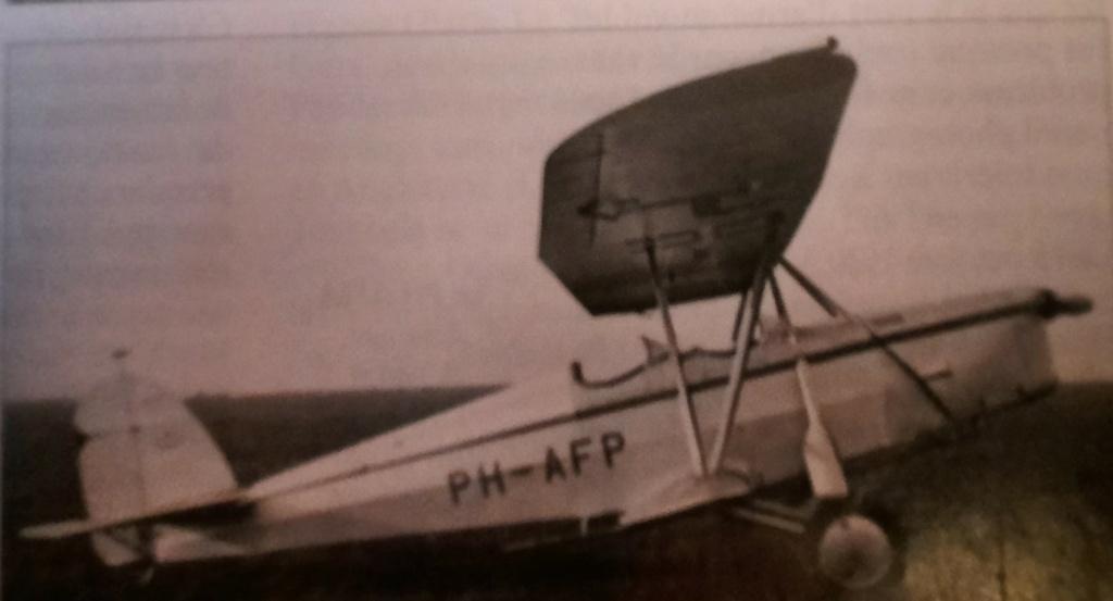 [ Aéronavale divers ] Quel est cet aéronef ? - Page 2 Avion_86